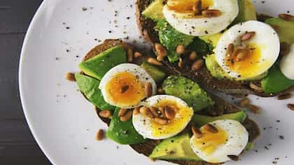 High Protein Breakfast: 5 Easy Egg Recipes For A Protein-Rich Morning Meal