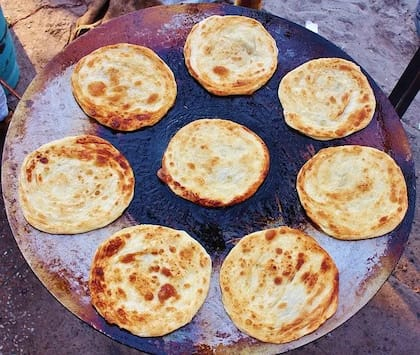 Papad Ka Paratha: A Lesser-Known Paratha You Must Try