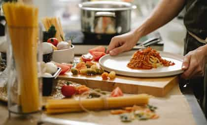 Kitchen Hacks: 5 Tips And Tricks That Will Cooking Simpler For You