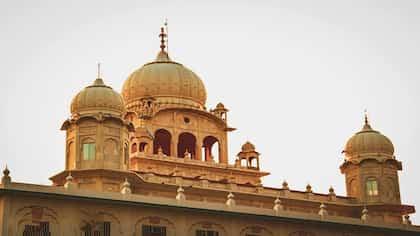Gurudwara Langar: Know The Story Behind The Hearty Meal Served In Gurudwaras