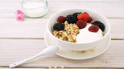 Are You Eating Your Oats Right? Here Are 7 Oatmeal Mistakes To Avoid