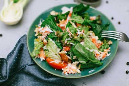 Want To Lose Weight? Try These Two Healthy Salads At Home
