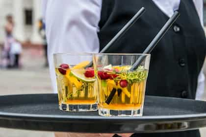 Meet The Bizarre Cocktail Fuzzy Navel