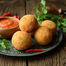 Green Curry Rice Ball