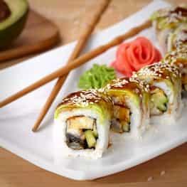Sushi Rolls (Tuna And Cucumbers)